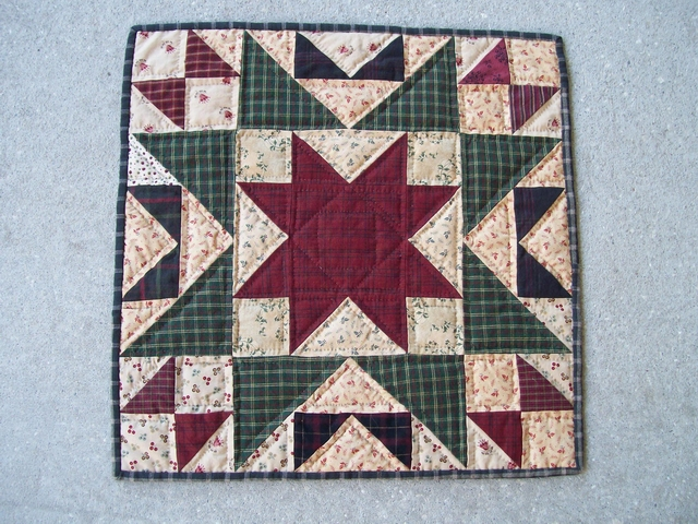 QS 10 Christmas Table Mat-pantry, quilts for sale