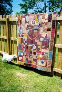 Elizabeth Nichols, former owner of Turkey Tracks Quilt shop in Virginia sent me this picture of her Holy Matchimony Thing