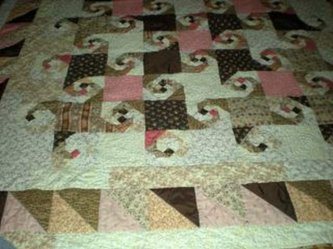 "Jenne Scigos sent me a picture of her ""Snow Trails"" quilt.......It's marvelous!"