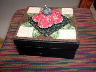 LuAnn Leonard sent me a picture of her sewing box she made. How fun! She also shared with me that she used kiwi dark brown shoe polish, wax type in the flat can(not the liquid) instead of the bri-wax mentioned in the pattern. Thanks LuAnn
