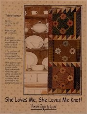 PPL051 She Loves Me, She Loves Me Knot-pieced/appliqued table runner